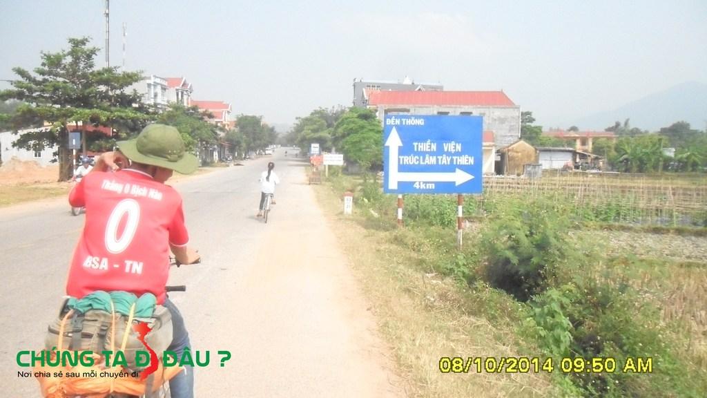 Trên đường đến Thiền viện trúc lâm Tây Thiên