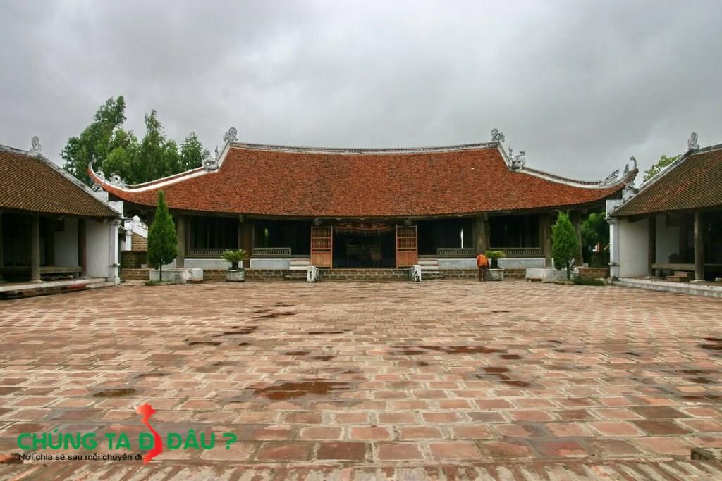 Đình làng Mông Phụ