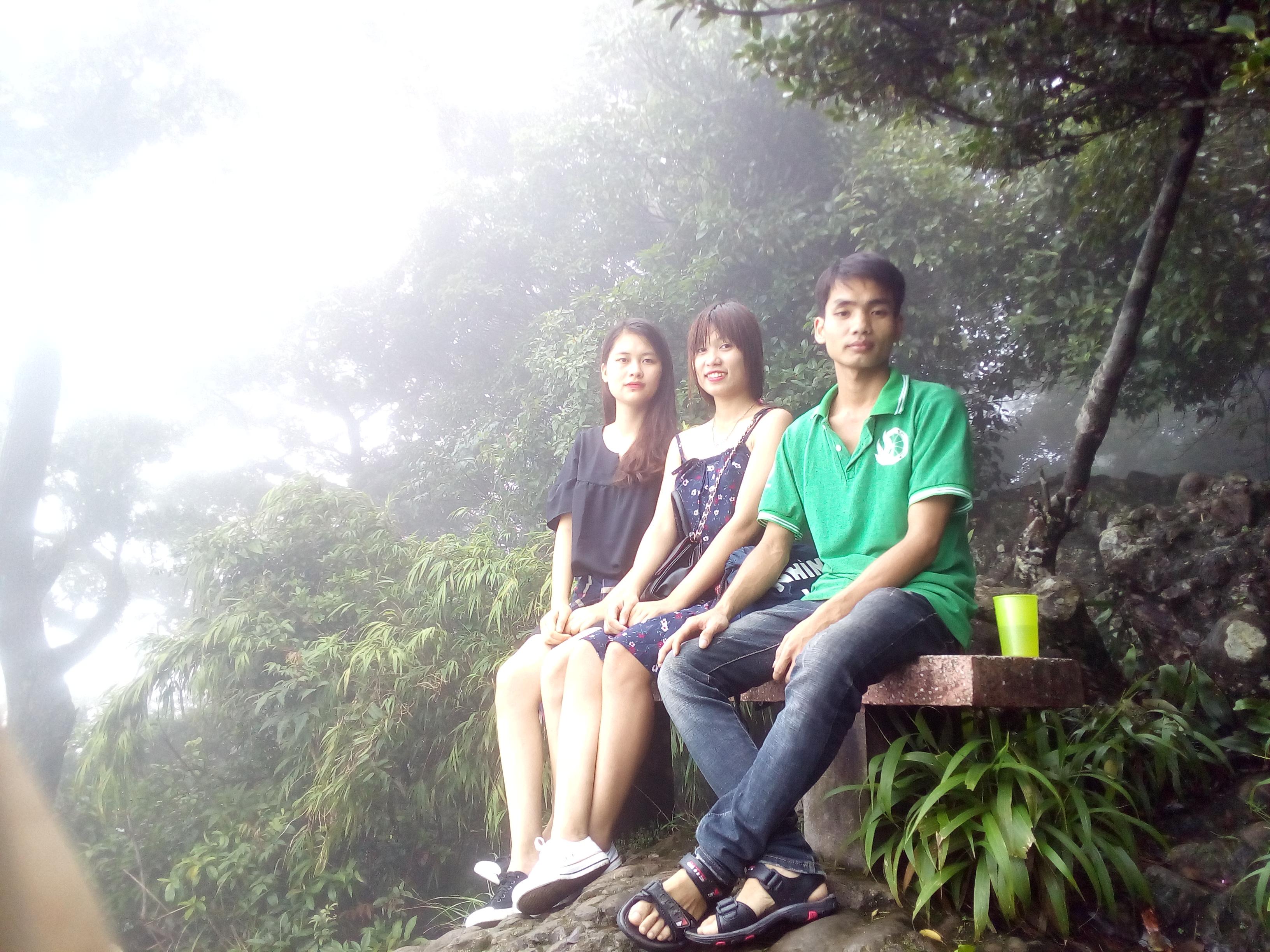 Ba Vì mờ sương