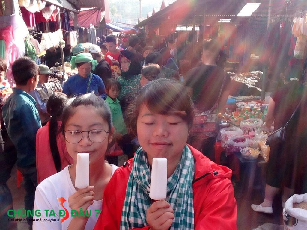 Chợ phiên Đồng Văn