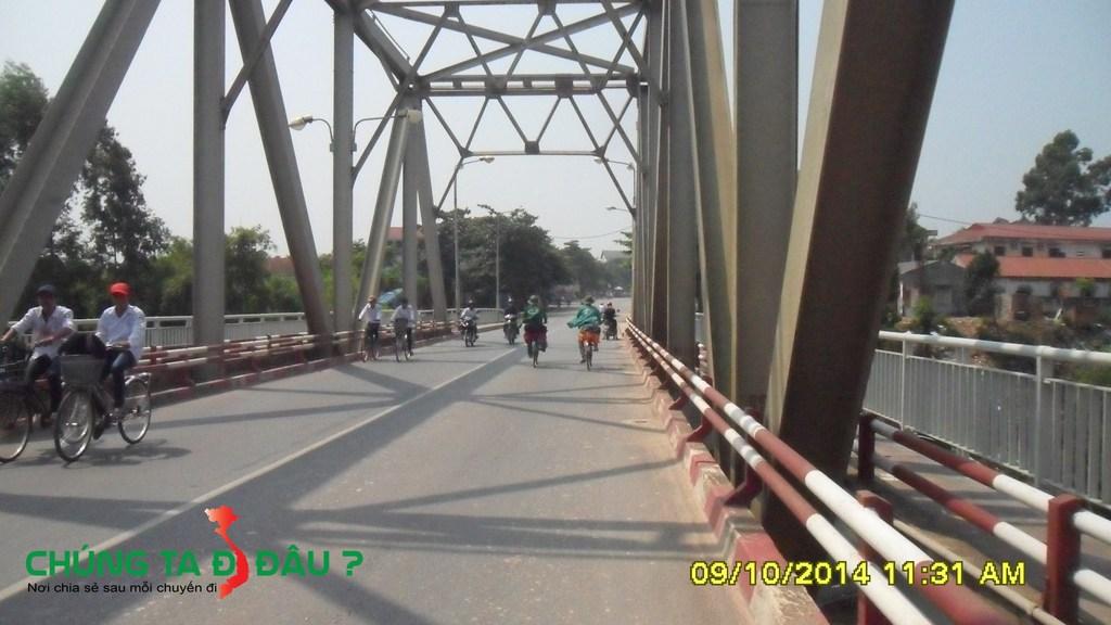 Cầu Phong Châu