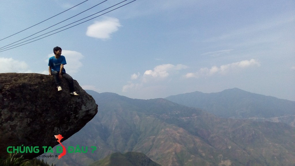 Mỏm đá đầu Rùa tại xã Tà xùa - Bắc Yên