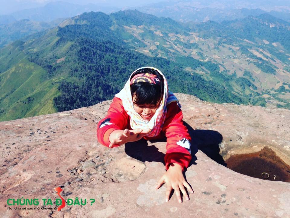 Biên giới tự nhiên Việt - Lào trên đỉnh Pha Luông
