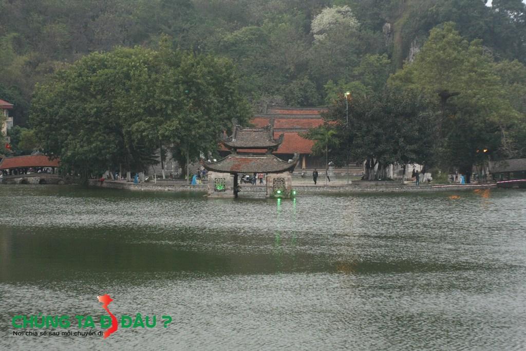Chùa Thầy, Thủy đỉnh, Hồ Long Chiểu và 2 cây cầu Nhật tiên kiều và Nguyệt tiên kiều