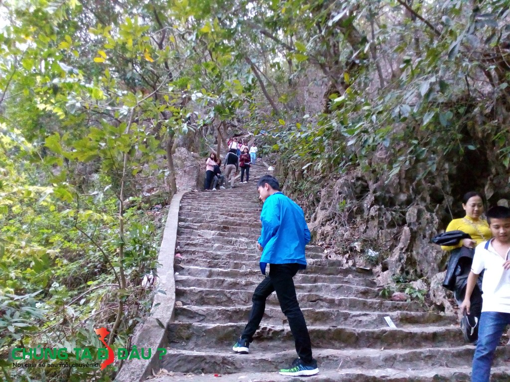Đường lên núi - Lên chùa Cao..
