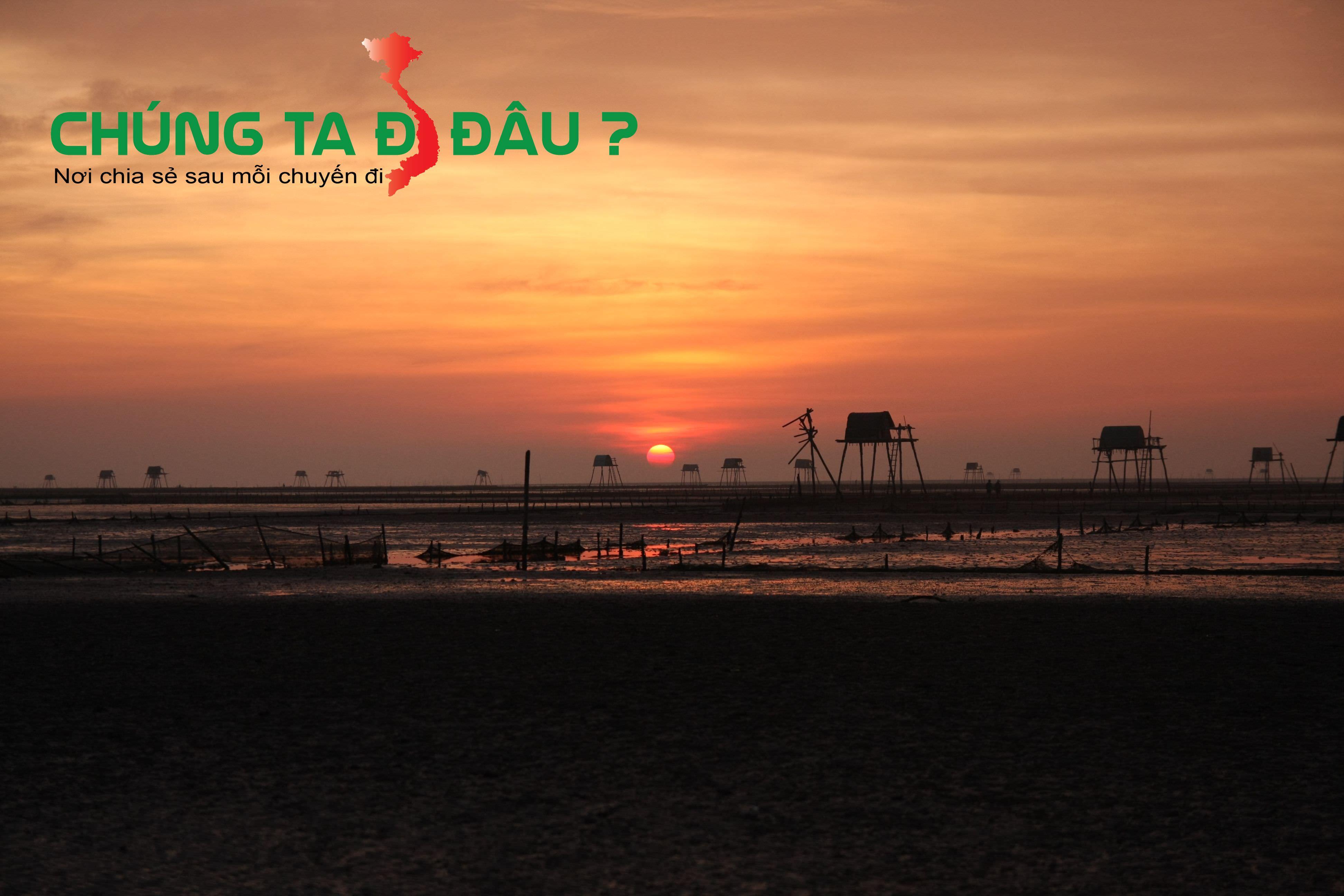 Mặt trời mọc trên bãi biển Đồng Châu