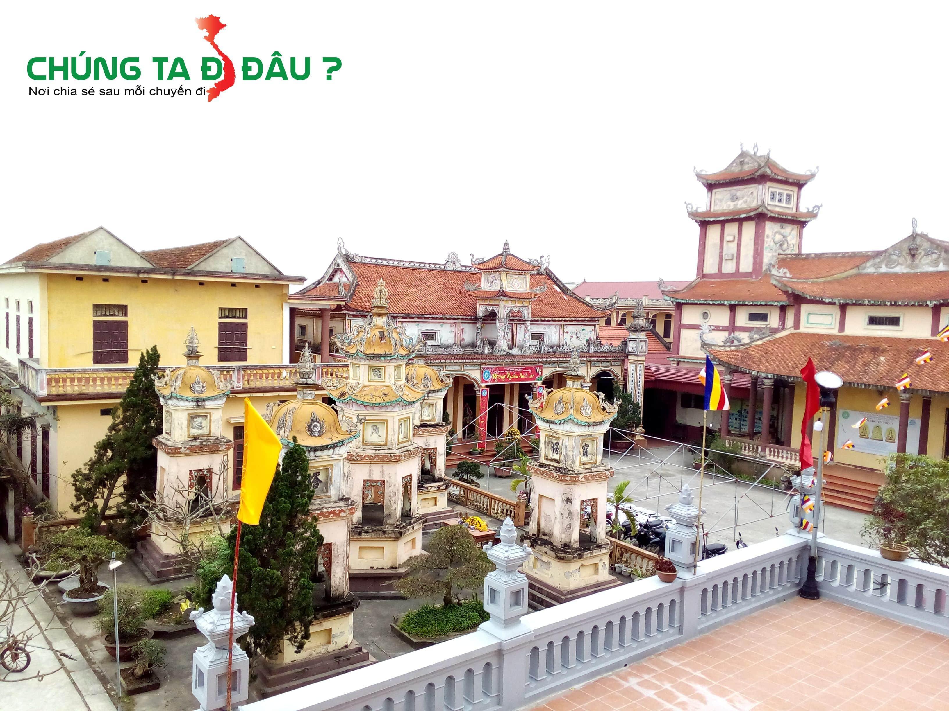 Một góc chùa Linh Ứng