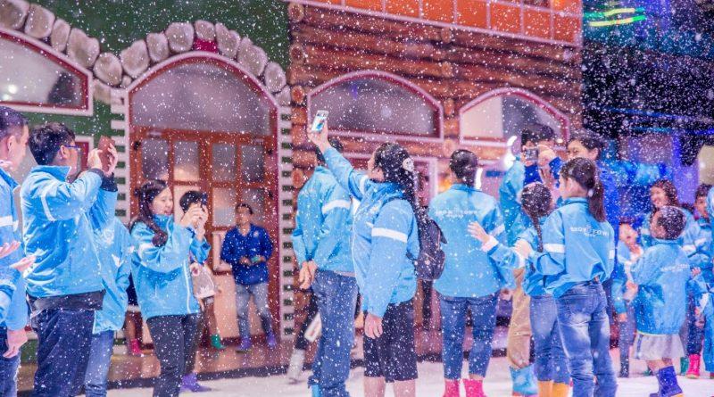 thi-tran-tuyet-snow-town